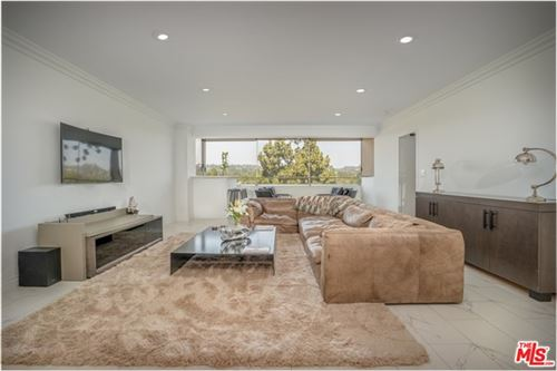 Photo of 865 COMSTOCK Avenue #9F, Los Angeles, CA 90024 (MLS # 20591508)