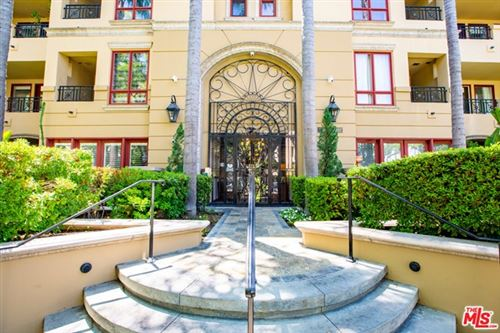 Photo of 411 N Oakhurst Drive #110, Beverly Hills, CA 90210 (MLS # 20607508)