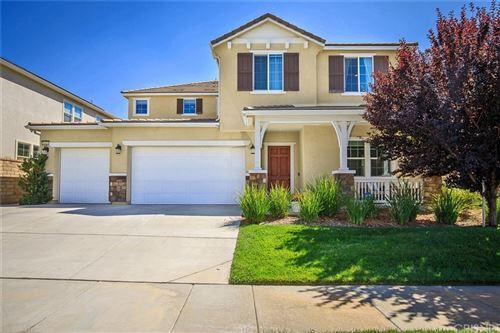 Photo of 26416 Township Street, Saugus, CA 91350 (MLS # SR21208509)