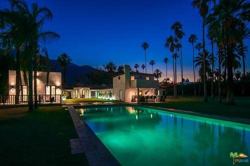 Photo of 796 N VIA MIRALESTE, Palm Springs, CA 92262 (MLS # 20594510)