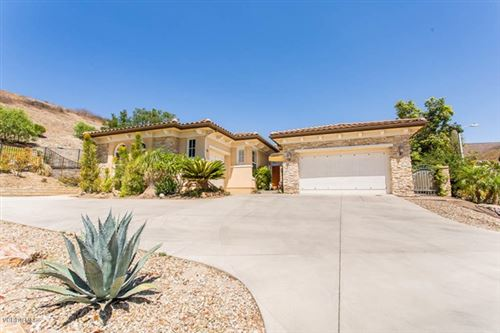 Photo of 421 N Conejo School Road, Thousand Oaks, CA 91362 (MLS # 220009510)