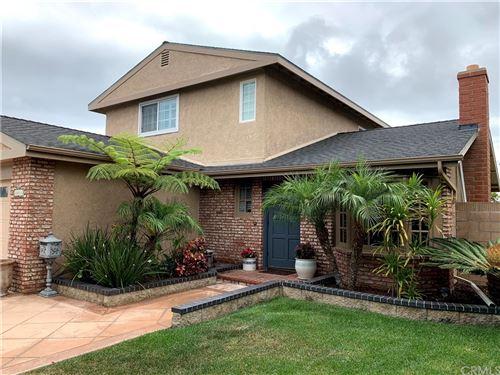 Photo of 20871 Charwood Lane, Huntington Beach, CA 92646 (MLS # OC21182510)