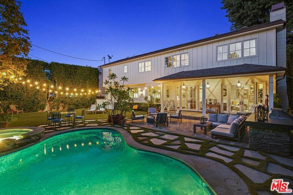 Photo of 3903 Ethel Avenue, Studio City, CA 91604 (MLS # 21784510)