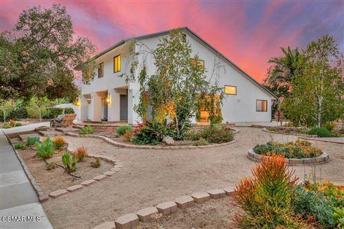 Photo of 344 Corrine Hill Court, Thousand Oaks, CA 91320 (MLS # 221005511)