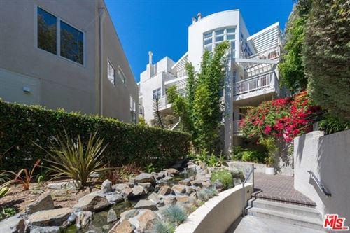 Photo of 2913 3rd Street #308, Santa Monica, CA 90405 (MLS # 20617512)