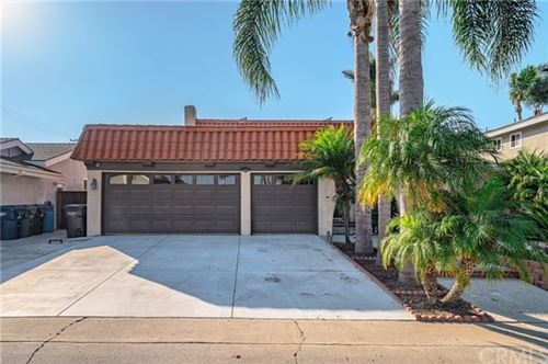 Photo of 19451 Worchester Lane, Huntington Beach, CA 92646 (MLS # TR20222512)