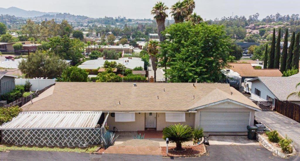 1565 Trellis Ln, Escondido, CA 92026 - MLS#: 210024512