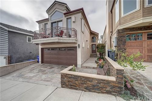 Photo of 517 12th Street, Manhattan Beach, CA 90266 (MLS # SB21070513)