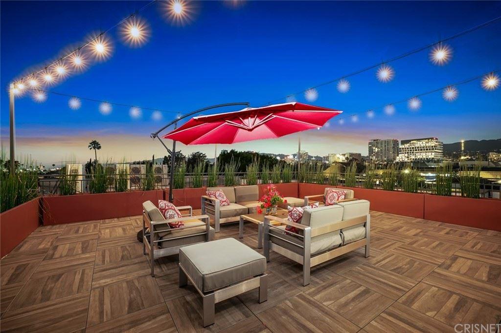 Photo of 5820 La Mirada Avenue #404, Hollywood, CA 90038 (MLS # SR21132513)