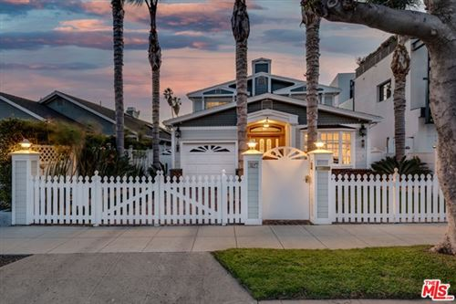 Photo of 3117 Yale Avenue, Marina del Rey, CA 90292 (MLS # 21694514)