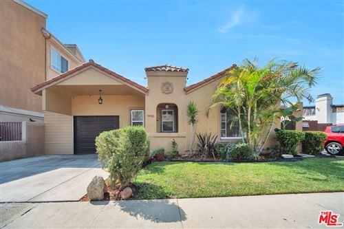 Photo of 5832 David Avenue, Los Angeles, CA 90034 (MLS # 21786514)