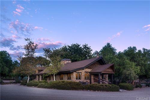 Photo of 34729 Petersen Road, Agua Dulce, CA 91390 (MLS # SR21165514)