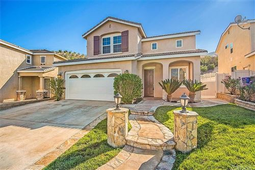 Photo of 29328 Kelly Court, Canyon Country, CA 91387 (MLS # SR21189514)