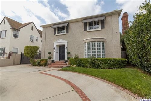 Photo of 949 S Highland Avenue, Los Angeles, CA 90036 (MLS # 320005515)