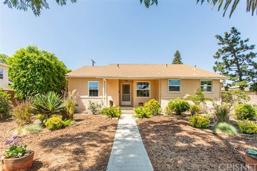 Photo of 16317 Vintage Street, Granada Hills, CA 91343 (MLS # SR20149515)