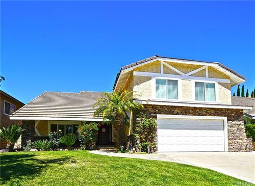 Photo of 28609 Kathleen Avenue, Saugus, CA 91390 (MLS # SR21120515)
