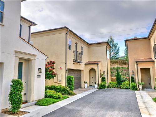 Photo of 21920 Moveo Drive, Saugus, CA 91350 (MLS # SR21194515)