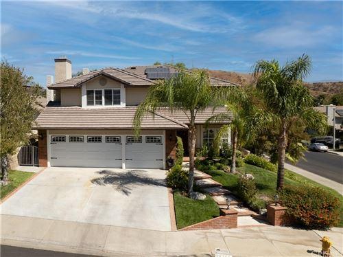 Photo of 28302 Welfleet Lane, Saugus, CA 91350 (MLS # SR21207515)