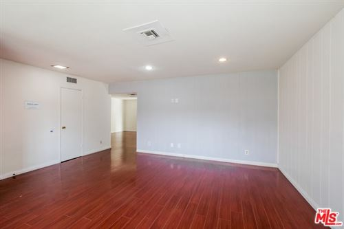 Tiny photo for 6656 CLEOMOORE Avenue, West Hills, CA 91307 (MLS # 19537516)