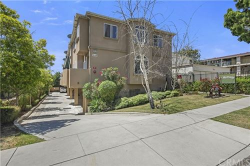 Photo of 224 W Imperial Avenue, El Segundo, CA 90245 (MLS # SB20115516)