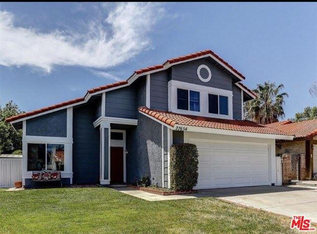 Photo for 27654 Hartford Avenue, Castaic, CA 91384 (MLS # 20634516)