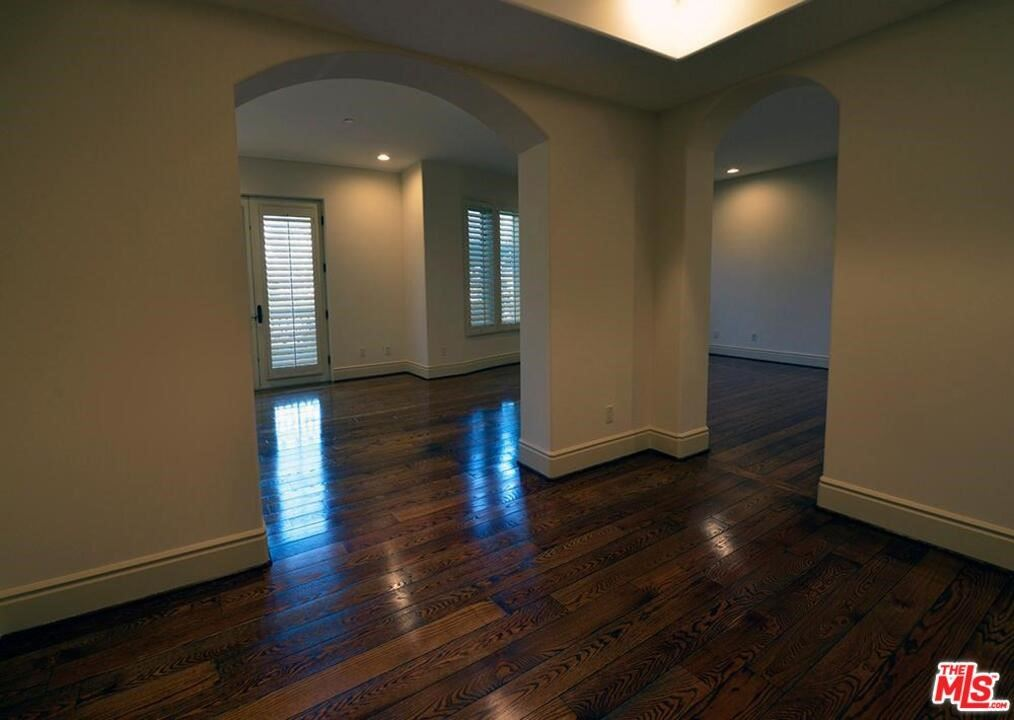 Photo of 137 S SPALDING Drive #101, Beverly Hills, CA 90212 (MLS # 21766516)