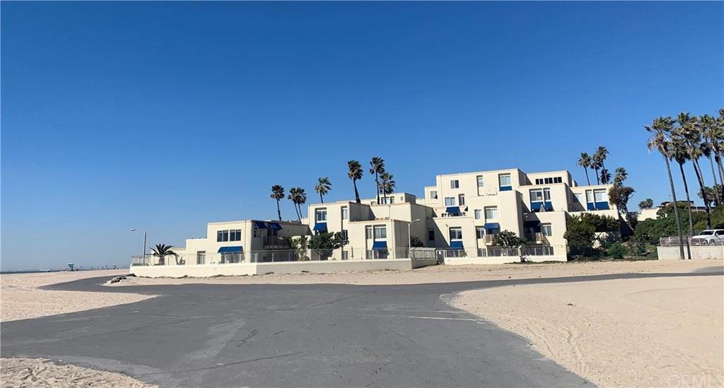 Photo of 711 Pacific Coast #213, Huntington Beach, CA 92648 (MLS # OC21164516)