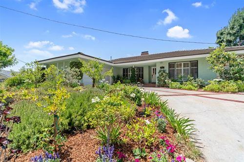 Photo of 5571 Stardust Road, La Canada Flintridge, CA 91011 (MLS # 820002517)