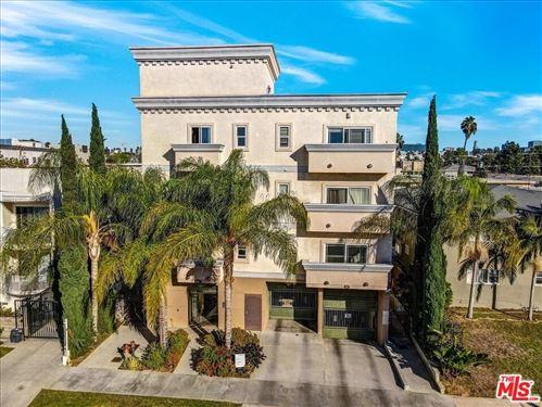 Photo of 332 S Serrano Avenue #101, Los Angeles, CA 90020 (MLS # 21799518)
