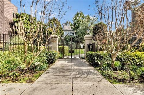 Photo of 950 N Kings Road #241, West Hollywood, CA 90069 (MLS # SB21008518)