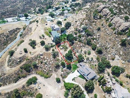 Photo of 1116 MESA Drive, Simi Valley, CA 93063 (MLS # SR21084518)