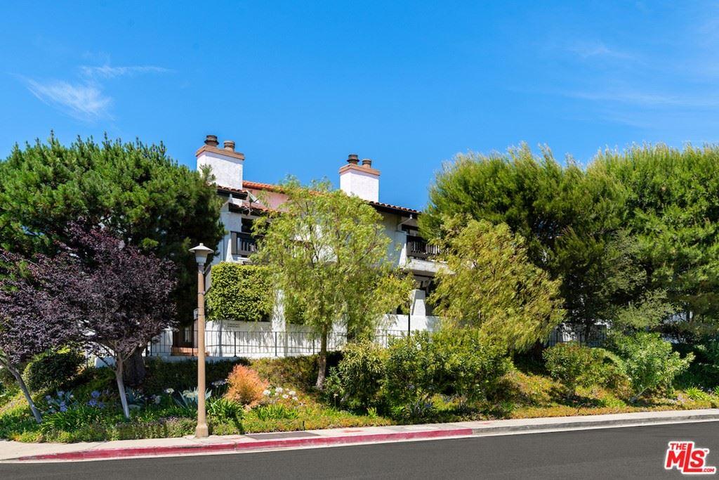 Photo of 1543 Palisades Drive, Pacific Palisades, CA 90272 (MLS # 21747518)