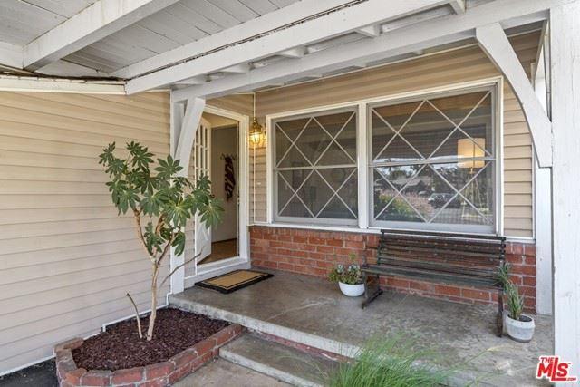 Photo of 5844 Coretta Avenue, Valley Village, CA 91607 (MLS # 21750518)