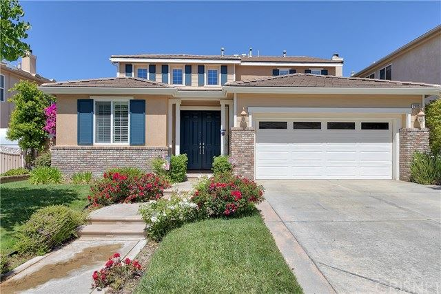 Photo for 29051 Discovery Ridge Drive, Saugus, CA 91390 (MLS # SR20097518)