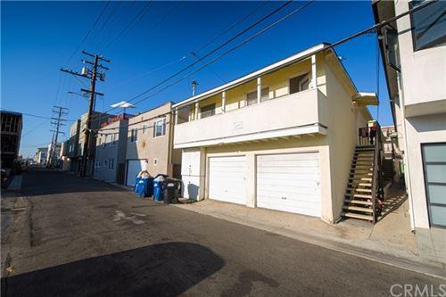 Photo of 825 Manhattan Avenue, Hermosa Beach, CA 90254 (MLS # SB20180519)