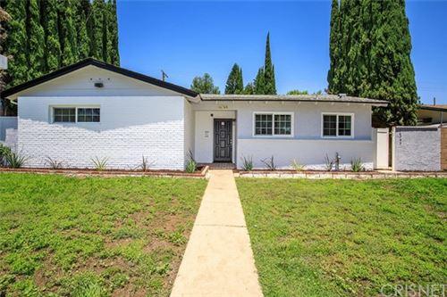 Photo of 16749 Rinaldi Street, Granada Hills, CA 91344 (MLS # SR20127519)