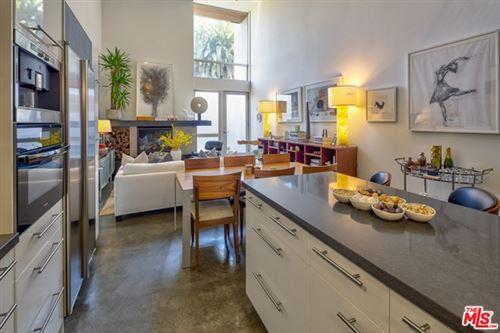 Photo of 333 S Wilton Place #5, Los Angeles, CA 90020 (MLS # 20641520)