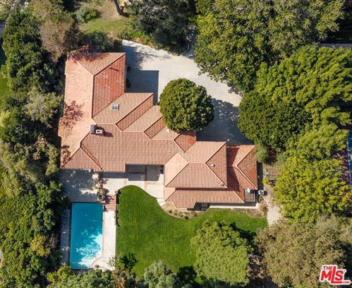 Photo of 1218 Benedict Canyon Drive, Beverly Hills, CA 90210 (MLS # 21694520)