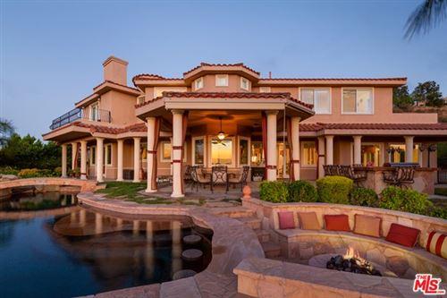 Photo of 24533 Desert Avenue, Newhall, CA 91321 (MLS # 21744520)