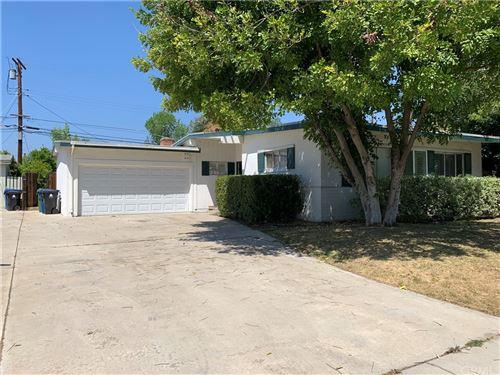 Photo of 5759 Ostrom Avenue, Encino, CA 91316 (MLS # CV21088520)
