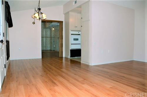 Tiny photo for 26867 Avenue Of The Oaks #B, Newhall, CA 91321 (MLS # SR20145520)