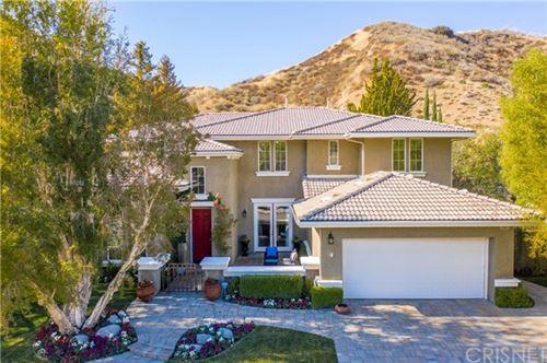 Photo of 24921 Greensbrier Drive, Stevenson Ranch, CA 91381 (MLS # SR21008520)