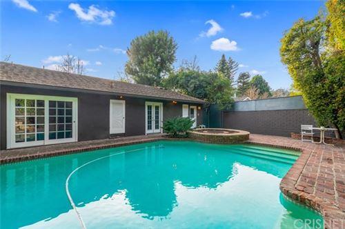 Photo of 11755 Canton Place, Studio City, CA 91604 (MLS # SR21009520)