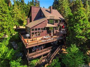 Photo of 654 Cumberland Drive, Lake Arrowhead, CA 92352 (MLS # EV19084521)
