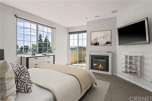 Photo of 7218 Hillside Avenue #304, West Hollywood, CA 90046 (MLS # SR21034521)