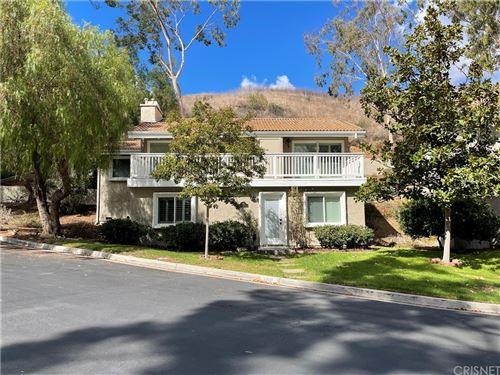 Photo of 188 Stonehaven Lane, Oak Park, CA 91377 (MLS # SR21212521)