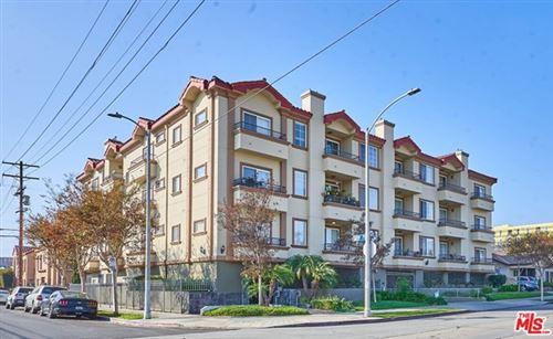 Photo of 601 N Serrano Avenue #102, Los Angeles, CA 90004 (MLS # 21724522)