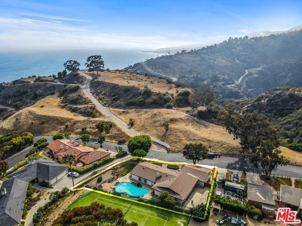 Photo of 20734 Las Flores Mesa Drive, Malibu, CA 90265 (MLS # 21751522)