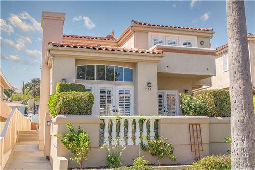 Photo of 221 N Irena Avenue #4, Redondo Beach, CA 90277 (MLS # PV21208523)