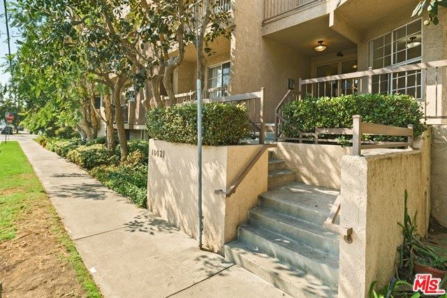 Photo of 10021 Tabor Street #108, Los Angeles, CA 90034 (MLS # 20662524)